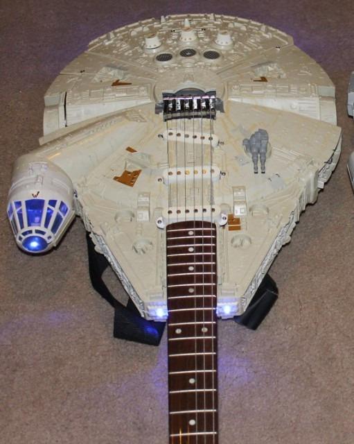 milleniumfalcon-guitar2